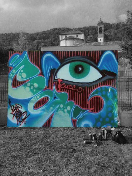 graphic-designer-freelance-graffiti-murales-occhio